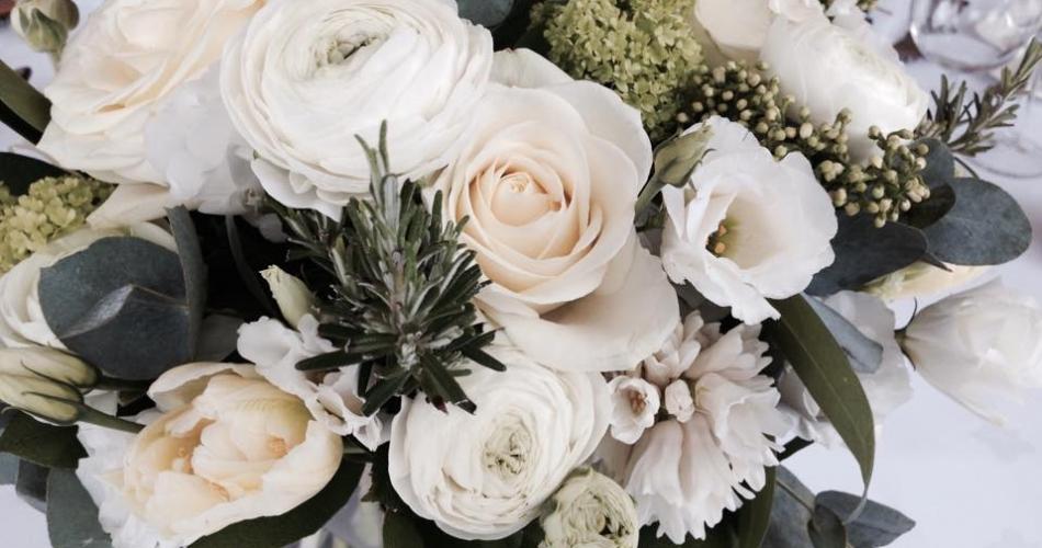 Image 1: Pot Pourri Flowers