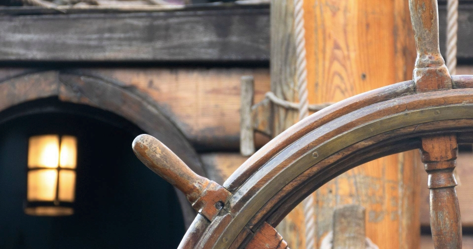 Image 2: The Golden Hinde