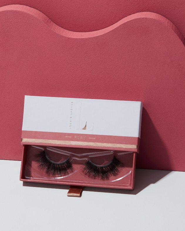 Lola's lashes ruby set